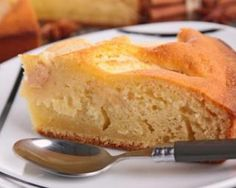 Gâteau aux pommes traditionnel : http://www.fourchette-et-bikini.fr/recettes/recettes-minceur/gateau-aux-pommes-traditionnel.html