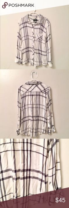 White Rails flannel White very soft flannel shirt, button down. Great condition, only a tiny tiny tiny grey mark on back shown in photo (3rd picture) Rails Tops Button Down Shirts