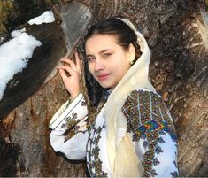 Romanian folk traditional clothing Part 2 – Romania Dacia Traditional Trends, Traditional Dresses, Romanian Women, European People, Life Is Precious, People Of The World, Pixie Hairstyles, Woman Face, Costumes