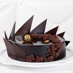 Architexture Chocolate Garnishes, Chocolate Desserts, Chocolate Cake, Beautiful Desserts, Beautiful Cakes, Amazing Cakes, Mini Desserts, Sweet Desserts, Dessert Recipes