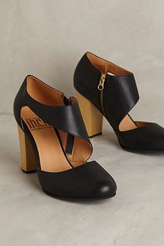 Fortress of Inca Victoria Luz Heels #anthrofave