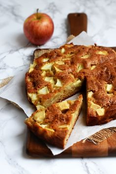 The classic French Apple Cake gets a twist with the use of spelt flour; adding nutty notes to its signature buttery crumb filled with big apple clusters. Like in many countries through Fall and Win… Spelt Recipes, Flour Recipes, Cake Recipes, Dessert Recipes, Desserts, Fruit Recipes, Yummy Recipes, French Apple Cake, Canadian Food