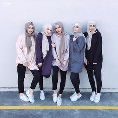Cozy Hijab Outfits Ideas For The First Day Of Class İslami Erkek Modası 2020 - Tesettür Modelleri ve Modası 2019 ve 2020 Simple Hijab, Casual Hijab Outfit, Hijab Chic, Hijab Dress, Hijab Fashion Casual, Muslim Fashion, Modest Fashion, Mode Outfits, Fashion Outfits