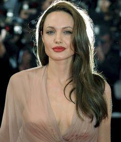 "831 Likes, 11 Comments - Angelina Jolie Pitt (@angelinajolie_com) on Instagram: ""#AngelinaJolie """