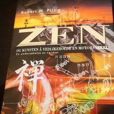 Reiselektyre  Zen og kunsten å vedlikeholde en motorsykkel av Robert M. Pirsig - en undersøkelse av verdier   #zenogkunstenåvedlikeholdeenmotorsykkel #robertmpirsig #filosofi #verdier #bøker #bookstagram #boktips #leselykke #reiselektyre