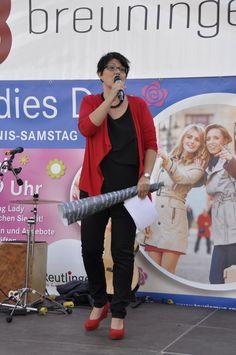 Hätte selbst Gewinnchancen gehabt - Steffi Renz, die mit viel Charme durch die Veranstaltung führte #Reutlingen #Ladies #Day #Shopping #Lady #Event #Moderation #Steffi #Renz