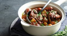 There are stew versions with beef and those with veal or even pork. - There are stew versions with beef and those with veal or even pork. There is a white version and a - Foods For Depression, Depression Symptoms, Depression Remedies, Italian Recipes, Beef Recipes, Italian Dishes, Healthy Recipes, Veal Stew, Pork Stew