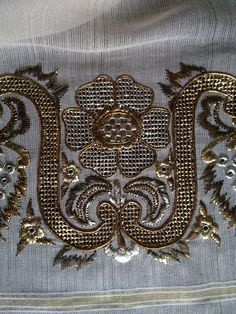 Recent goldwork embroidery, Turkish. Jacobean Embroidery, Blackwork Embroidery, Indian Embroidery, Embroidery Needles, Gold Embroidery, Embroidery Patterns, Palestinian Embroidery, Bead Sewing, Lesage