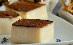 Mikrasiatiko in Greek Greek Sweets, Greek Desserts, Greek Recipes, Fun Desserts, Sweets Recipes, Cooking Recipes, Low Calorie Cake, Middle Eastern Desserts, Eat Greek