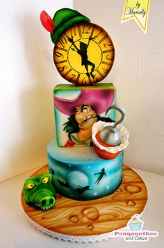 Airbrush in Cake by Marielly Parra. Peter Pan is the theme of America's Baking & Sweets show! Crazy Cakes, Fancy Cakes, Cute Cakes, Unique Cakes, Creative Cakes, Elegant Cakes, Fondant Cakes, Cupcake Cakes, Mini Cakes