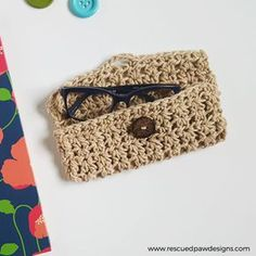 Hi everyone! If you have been following along with me over onInstagramthen you will know that I have shared a few pictures of the making of this casefor awhile now. I designed this glasses case because I have a problem with keeping my glasses in a safe placewhen not in use. Please forgive me I am a newbie and never had to wear them before. I live in front of