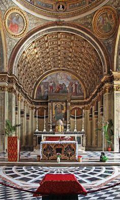 L'abside di Santa Maria presso San Satiro a Milano, capolavoro del Bramante un perfetto esempio di studio della prospettiva, con un'illusione incredibile che fa sembrare molto più profondo questo spazio di appena 97 centimetri