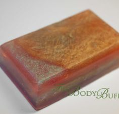 Oohh, look a shiny…soap. This bar features tiny micas throughout the bar and glycerin. It's unisex fresh sent will refresh you and revitalize your soap dish.
