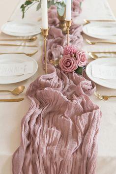 Pink Table Settings, Wedding Table Settings, Pink Table Decorations, Bridal Shower Table Decorations, Ceremony Decorations, Bridal Shower Tables, Dusty Rose Wedding, Wedding Linens, Boho Baby Shower