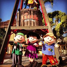 The Peanuts are all dressed up for Snoopy's Halloween Party at Knott's!
