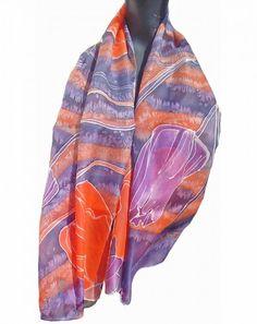 Hand painted silk scarf / Zijden sjaal met de hand beschilderd. 140 x 40 cm  (55 x 15, 5) inches  info@silkatelier.nl