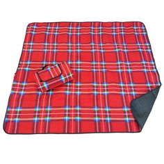 This our Scottish inspired outdoor blanket. Bold red pattern and made with the same fleece material and waterproof backing as our other blankets.