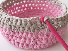 How to make a crochet basket tutorial via Tuts+. Would you like to learn how to make fabric yarn? A fabulous crochet fabric basket? Crochet Bowl, Crochet Gifts, Learn To Crochet, Knit Or Crochet, Crochet Yarn, Chunky Crochet, Crochet Basket Tutorial, Crochet Basket Pattern, Crafts