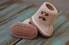 Crochet PATTERN Boots Indie Crochet Baby Bootie door Inventorium