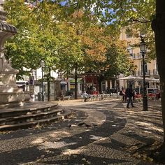 Outono em Lisboa , Largo de S. Paulo  #instagramcml #lisboa #lisbon #outono #outonoinverno2016