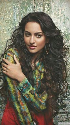 Sonakshi Sinha for Verve July 2012 Sonakshi Sinha, Beautiful Actresses, Fashion Photo, Jon Snow, Cool Photos, Bollywood, Most Beautiful, Dreadlocks, Wonder Woman