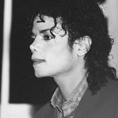 Beautiful Person, Beautiful Soul, Michael Jackson 1988, Michael Angel, Jackson Music, Love Deeply, Love And Respect, Great Artists, Peace And Love