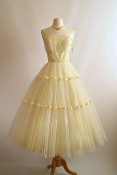 1950s Dress ~ Vintage Prom Dress  Xtabay