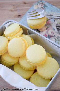 Lemon Macaroons, Macaron Flavors, Lemon Curd, Pretzel Bites, Baking Recipes, Bakery, Food And Drink, Bread, Cookies