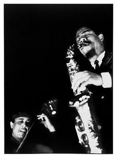 Charles Mingus and Eric Dolphy, Bologna Italy 1964 (photo by Roberto Polillo) Free Jazz, Jazz Artists, Jazz Musicians, Eric Dolphy, Hard Bop, Charles Mingus, Musician Photography, Cool Jazz, Jazz Blues