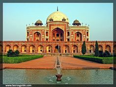 This World Heritage Sites in India was built by Begum Bega, the first wife of Humayun between Humayun's Tomb is the tomb of the second Mughal sovereign Humayun. Humayun's Tomb is also the best historical monument in Delhi. Monument In India, Taj Mahal, Humayun's Tomb, Cities, Mughal Architecture, House Architecture, Historical Monuments, India Tour, Tourist Places