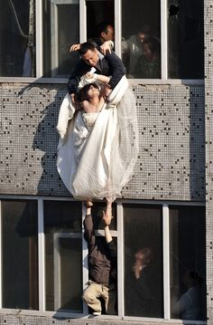 The bride cut her wrists and tried to commit suicide after her boyfriend broke up with her just before the wedding.