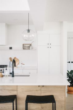 Minimalist Home, Home Interior Design, Kitchen Inspirations, Interior Inspiration, Home Remodeling, Interior, Dream Decor, House Interior, Minimalist House Design