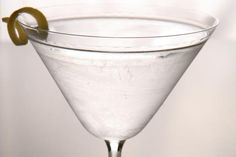 10 Cocktails to Ring in the New Year: Good Times