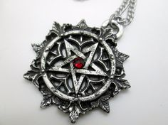 handmade pewter sculpture  4.4cm    sold with a free 24 chain