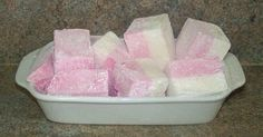 My usual recipe for marshmallow (the kind that does not involve boiling sugar syrup) calls for 5 teaspoons of gelatin. So, what to do whan I want to make marshmallow but don't have quite enou…