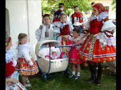Moravanka - Vysoký jalovec (+seznam videí) European Countries, Beautiful Patterns, Czech Republic, Traditional, Folklore, Youtube, Food, Fotografia, Bohemia