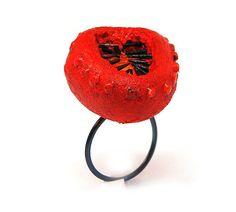 Linda Ezerman Ring: Imagine Your Beach…In Bloom, Series, 2012 Titanium, rubber, pigment, balsawood, laquer