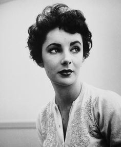 Elisabeth Taylor  just perfection!
