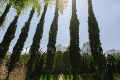 Santiago Pueblo Mágico portraits bride and groom