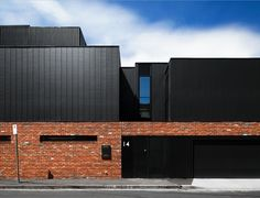 Certain homewares, architectural forms and building materials endure to become modern classics. House Cladding, Facade House, Brick Architecture, Residential Architecture, Brick House Designs, Building Facade, Commercial Architecture, Melbourne, New Homes