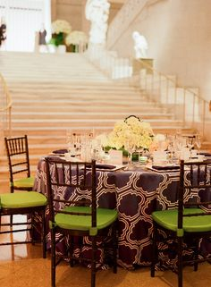pop of color on seat cushions + understated centerpieces keep the focus on the art surrounding in a museum gallery space by Ritzy Bee Events. Photography by: Kate Headley #wedding
