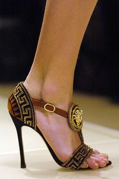 Incomparable Versace -Greek Fret Trim And Medallion Detail - Click for More... ...absolutely stunning shoes!!!