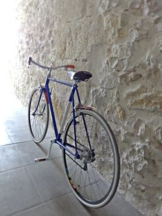 Do you want a completely custom bike, according with your desires? unique?  --- matt_laborde@yahoo.fr