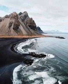Stokksnes 🇮🇸 Photo by ! Black sand beach in Iceland The Places Youll Go, Places To See, Beautiful World, Beautiful Places, Beautiful Ocean, Beautiful Scenery, Stunning View, Beautiful Landscapes, Places To Travel