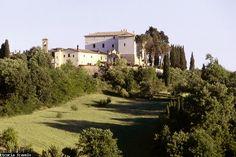 Een middeleeuws kasteel in de heuvels van Umbrië.
