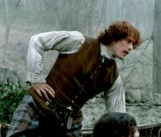 Take me to Lallybroch • Jamie Fraser ↳ One gif per episode