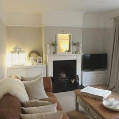 Lovely cosy living room interior with soft furnishings and fireplace. Cottage Living Rooms, Home Living Room, Interior Design Living Room, Living Room Designs, Living Room Decor, 1930s House Interior, Style At Home, Living Room Inspiration, Home Fashion