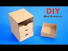 How to Make Cardboard Mini Drawers at Home – Homemade DIY – Desk Ideas Cardboard Drawers, Diy Cardboard Furniture, Cardboard Crafts, Diy Drawers, Foam Board Crafts, Diy Laptop Stand, Craft Desk, Diy Desk, Ideas
