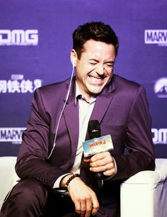 """RDJ's laugh (during a Chinese interview on the """"Iron Man 3"""" international press tour, 2013)."""