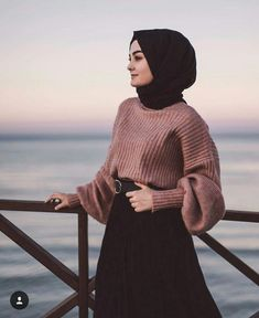 What Should Be Considered When Buying Shawl Modest Fashion Hijab, Modern Hijab Fashion, Modesty Fashion, Hijab Casual, Hijab Fashion Inspiration, Muslim Fashion, Look Fashion, Hijab Chic, Arab Fashion